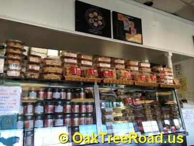 Dakshin Express Andhra Snacks Sweets © OakTreeRoad.us