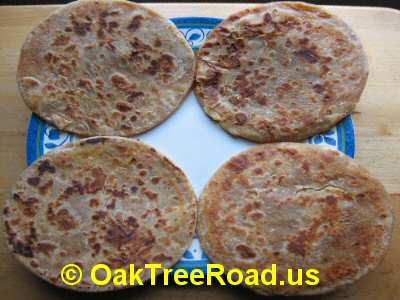 Garvi Gujarat Roasted Puran Poli image © OaktreeRoad.us
