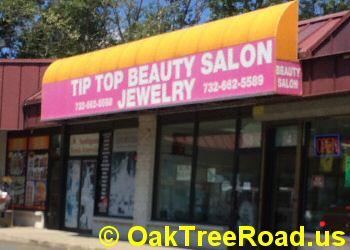 Eyebrow threading, Bridal makeup Oak Tree Road image © OakTreeroad.us